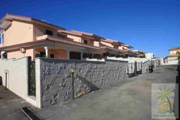 Италия побережье недвижимость